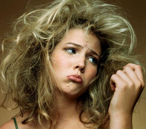 Структура локонов после процедуры нарушается, как привести в порядок волосы после химии?