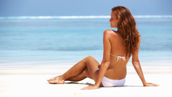 Существуют определенные правила подготовки к сеансу: не стоит перед процедурой, а также после нее принимать солнечные ванны