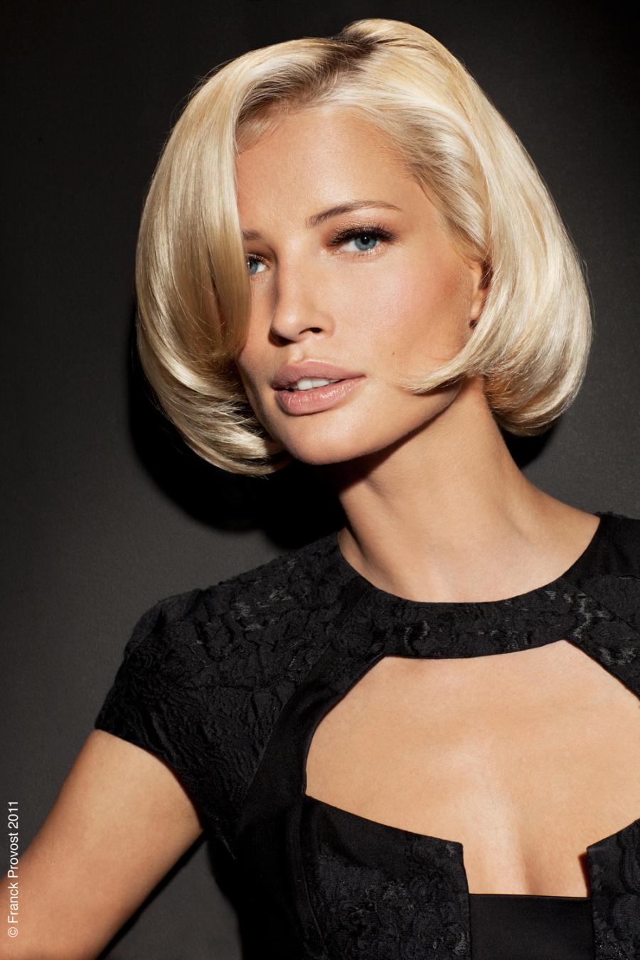 Причёски женщинам за 40 каре