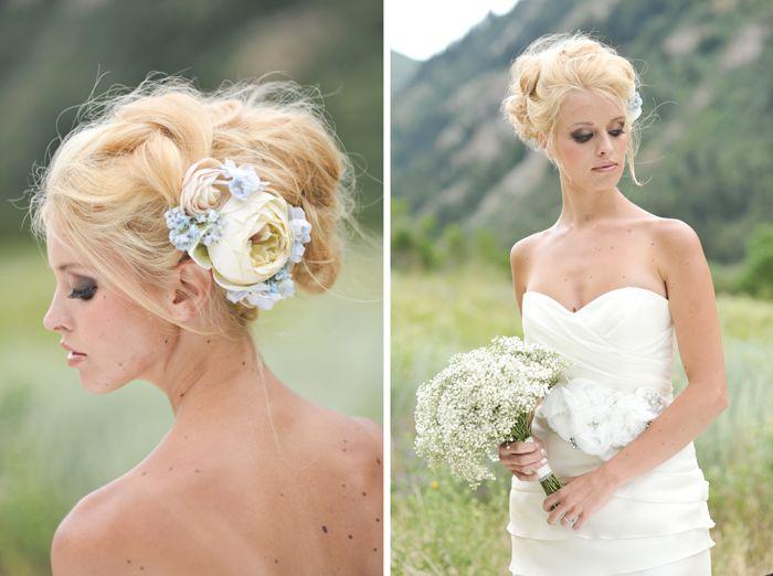 Прически с цветами в волосах фото