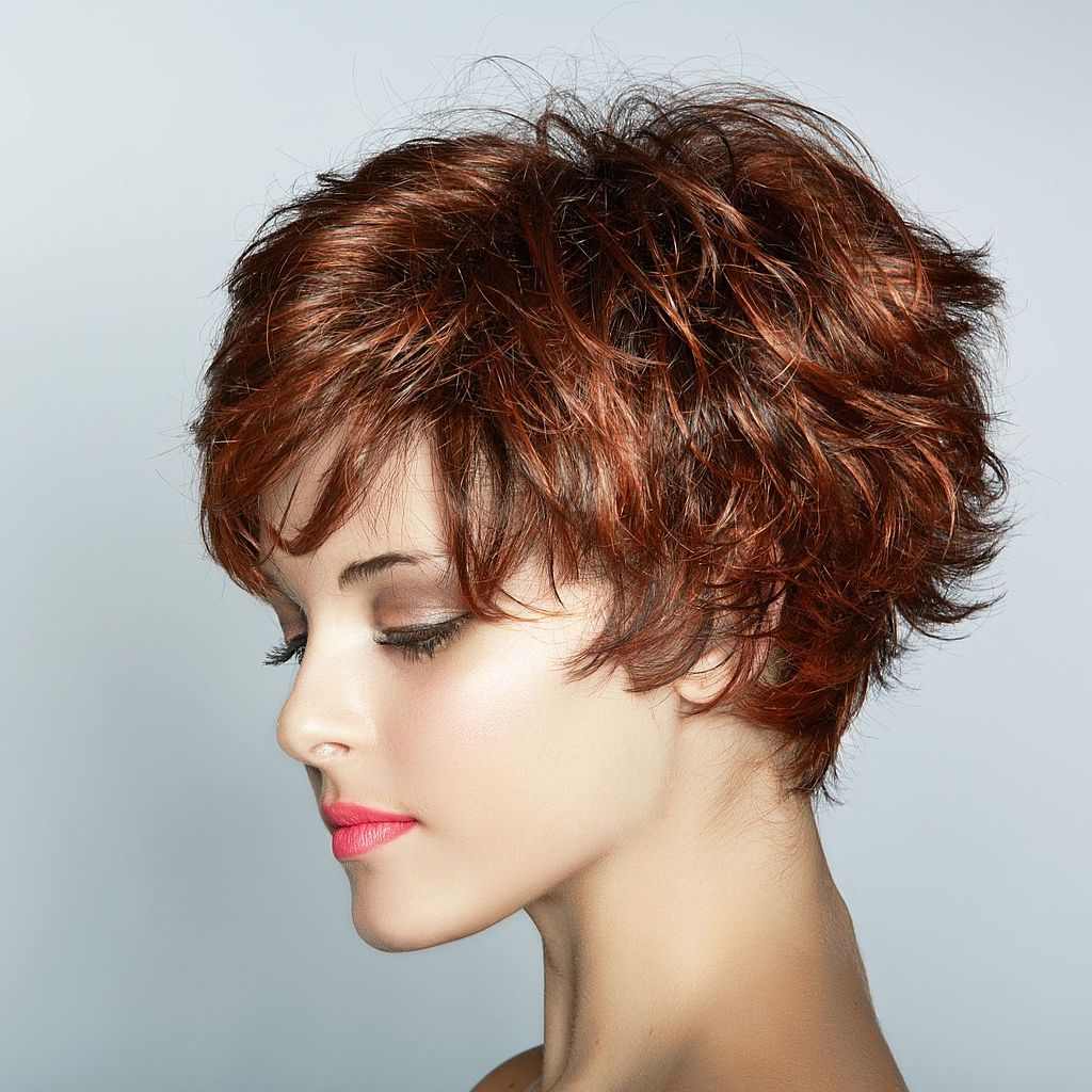 Стрижка на пышные вьющиеся волосы