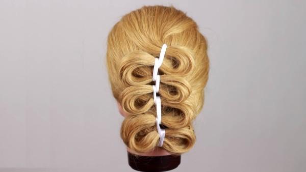 Уникальная коса с ленточкой в готовом виде