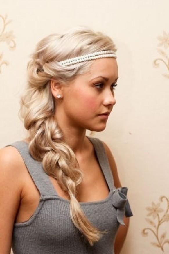 прически в французском стиле на длинные волосы