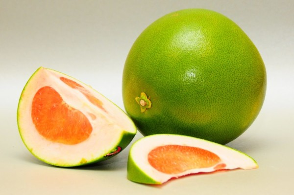 Вместо грейпфрута можно использовать заморского гостя – свити, или помело