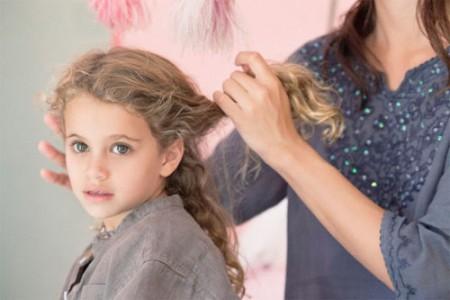 Вопрос, от чего рано седеют волосы, решается для каждого индивидуально.