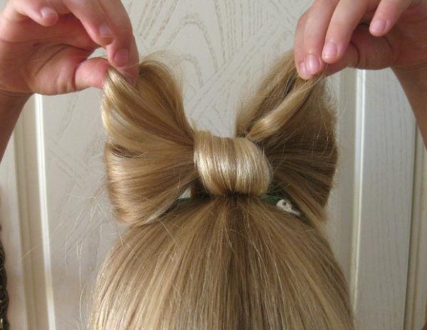 Бант из волос поможет вам всегда выглядеть необычно
