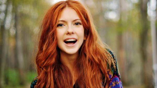 Безупречность рыжих волос сведет с ума любого мужчину