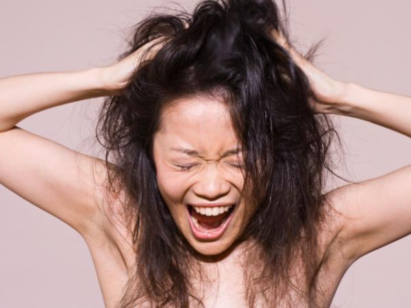 Больные волосы – проблема многих женщин