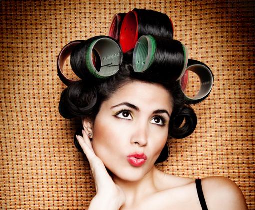 Чтобы не испортить волосы и создать красивую прическу, никаких сложных действий не нужно