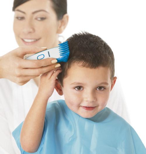 Детская машинка для стрижки волос практически не отличается от обычной