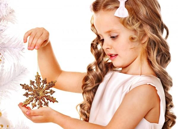 Детские волосы тонкие и мягкие, требуют особого подхода в вопросах ухода и укладки