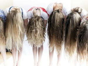 Русые волосы – символ элегантности и стиля.