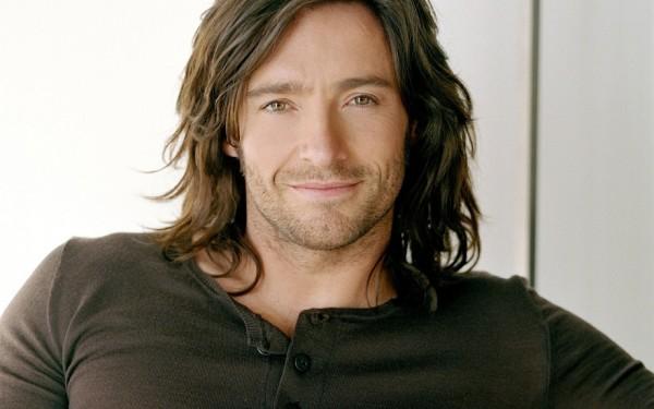 Длинные волосы у мужчин снова возвращаются в моду