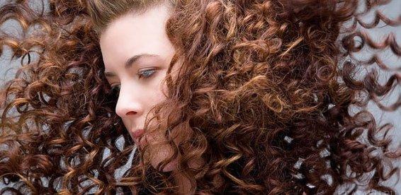 Для длинных волос делайте бигуди большего диаметра