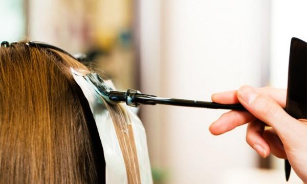 Для парикмахерских целей используйте фольгу толщиной не менее 0,15 мм
