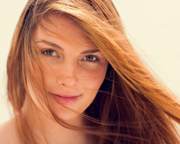 Для создания макияжа выбирайте теплые тона, позволяющие сделать акцент на естественности
