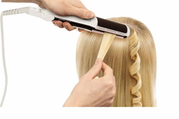 Для завивки утюжком - от корней нужно немного отступать, чтобы не обжечь кожу головы