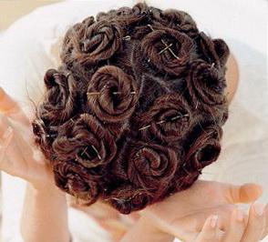 Если вы еще не знаете, как сделать легкие кудри на длинные волосы