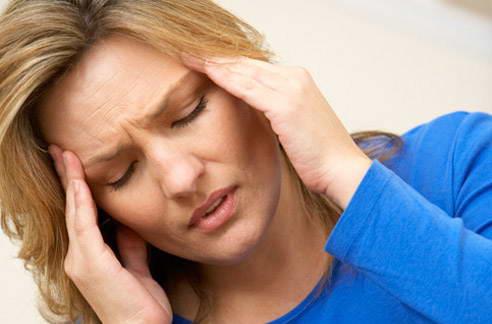 Формальдегид способен стать причиной головной боли у парикмахера и клиента