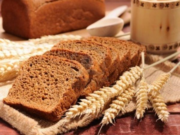Фото: хлеб не только укрепит корни, но и избавит от других проблем шевелюры