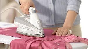 Гладить деликатные ткани можно только после того, как они полностью высохнут
