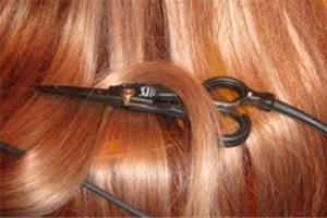 «Горячими ножницами» владеет далеко не каждый парикмахер