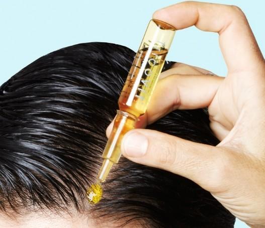 Готовые смеси витаминов в масляном растворе для волос можно найти в любой аптеке