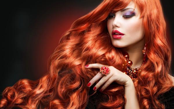 Хна издавна была одним из наиболее популярных средств окрашивания волос на Востоке