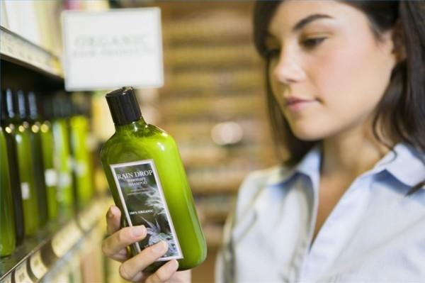 Хорошее средство имеет в своем составе растительные масла и другие органические компоненты