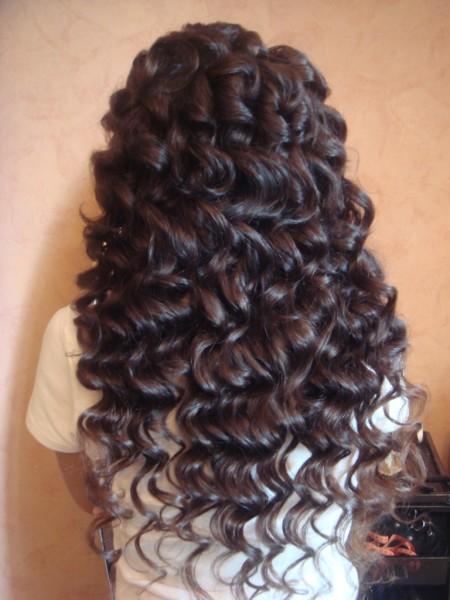 Какой бы из способов завивки ни был вами выбран, на длинных волосах укладка в любом случае будет смотреться потрясающе