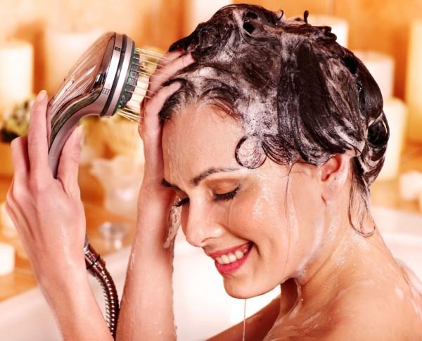 Какой шампунь для волос выбрать– вопрос, который себе хотя бы раз в жизни задавала каждая женщина