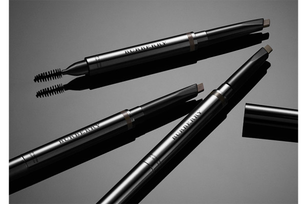 Карандаши для бровей Effortless Eyebrow Definer Burberry Eyes Burberry Make-up