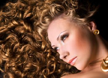 Карвинг характеризуется щадящим воздействием на волосы