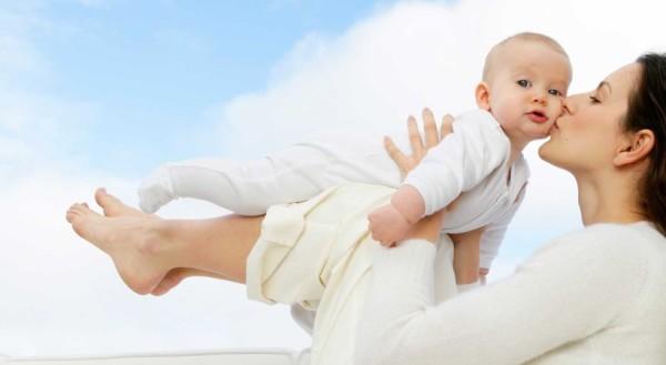 Кожа ребёнка до 7 лет нуждается в особом контроле со стороны родителей и бережном уходе за ней