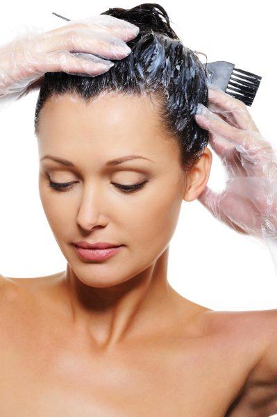 Краска для волос против вшей с перекисью водорода - в ряду действенного оружия при длинных волосах.