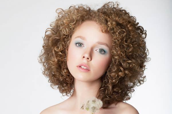 Как в домашних условиях сделать волосы кучерявыми волосами 366