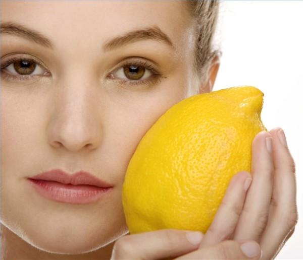 Лимон – отличный нейтрализатор пигмента.