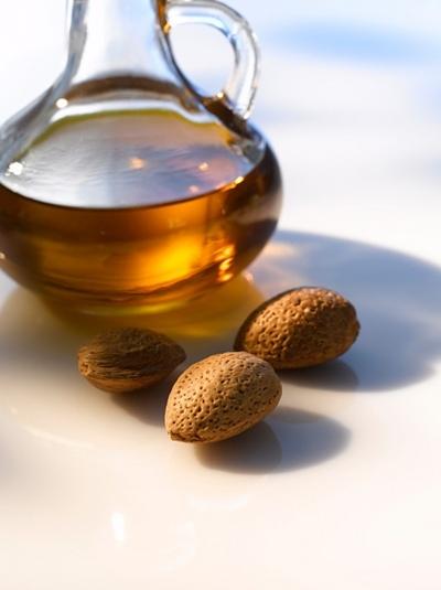 Масло миндальное – отличная защита от ультрофиолета