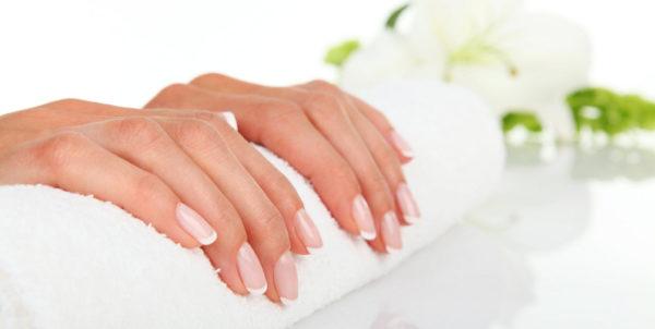 Массаж рук усиливает рост ногтей
