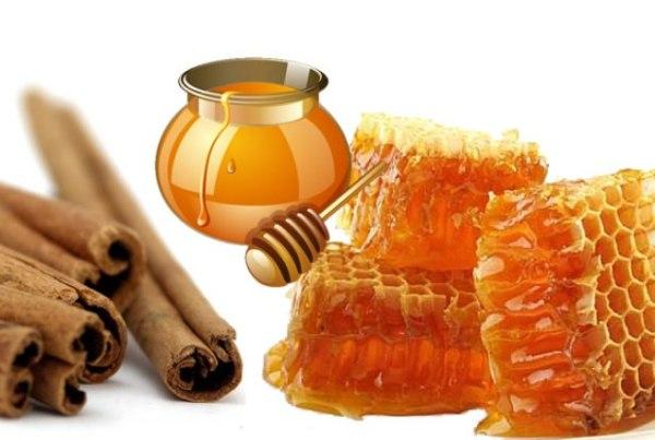 Мед и корица – прекрасный тандем в осветлении локонов.