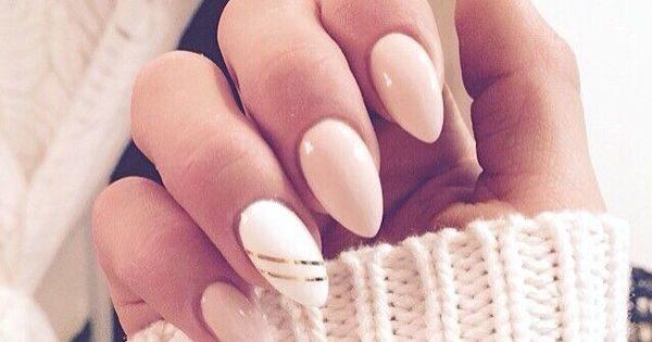 Миндалевидная форма ногтей органично смотрится на средней и большой длине
