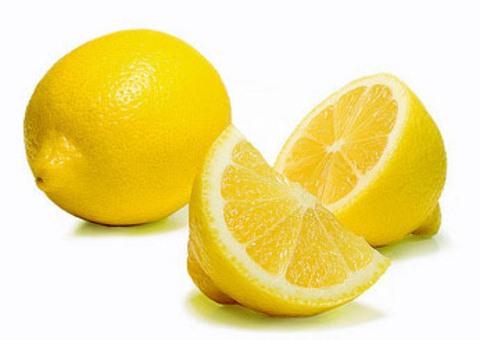 Можно использовать лимонную кислоту в пакетиках или натуральный сок лимона