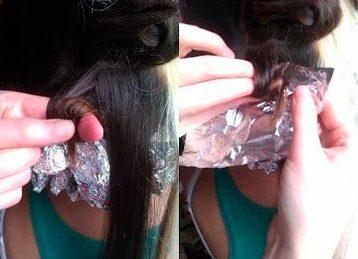 Можно просто намотать прядь волос на палец и зафиксировать колечко фольгой