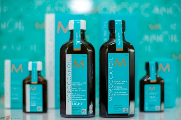 На фото - легендарные масла Mоroccan Oil