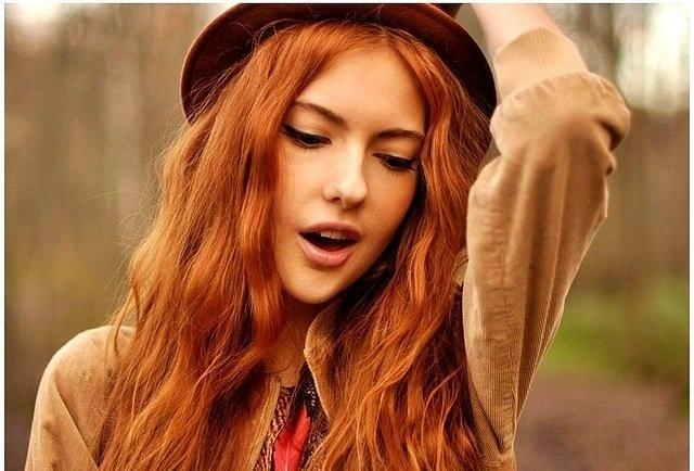 Сексуальные рыжие волосы