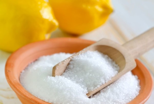 Наиболее простым и быстрым способом создания кислотной среды является приготовление слабого раствора лимонной кислоты