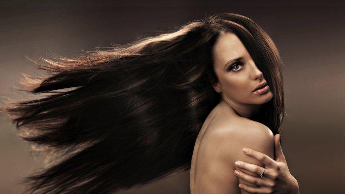 Натуральные косметические масла оказывают неоценимую пользу при уходе за жирными локонами.