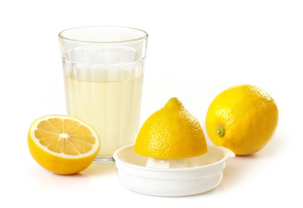 Натуральный лимонный сок – проверенное веками средство