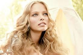 Не бойтесь меняться и разбавлять внешний вид стильными и яркими нотками или романтичными мотивами