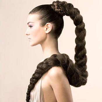Не каждой из нас природа подарила такие волосы, однако только в наших силах изменить ситуацию.